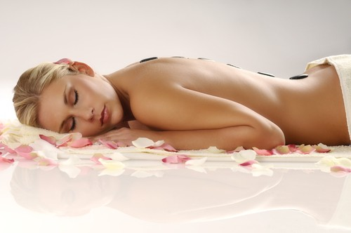 Benefits of Hot Stone Massage Therapy at Rif Fort Babor Beauty Spa Curacao @Julianadorp.